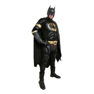 Бэтмен аниматор в красивом костюме